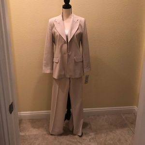 Vintage - Tribal Pant Suit - Business Suit